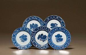 Lot 84: Five Chinese Export Plates at Cowan's Auctions
