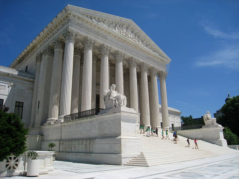 U.S. Supreme Court By Daderot (Own work) [Public domain], via Wikimedia Commons