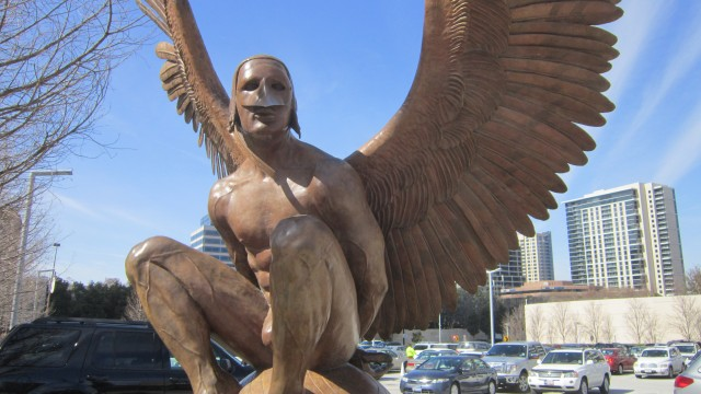 Jorge Marín's Wings of the City